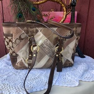 Vintage Coach patchwork signature hobo shoulder